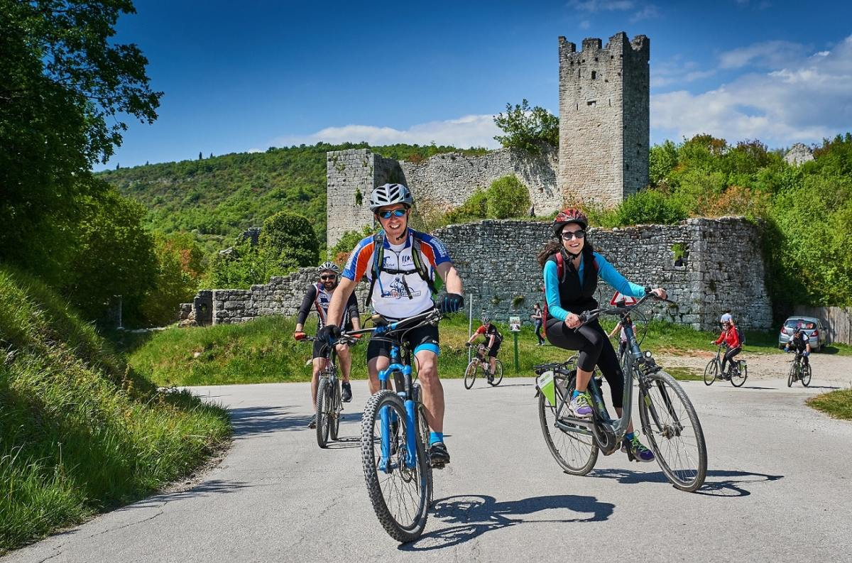 Slikovni rezultat za weekend bike & gourmet tour 2018