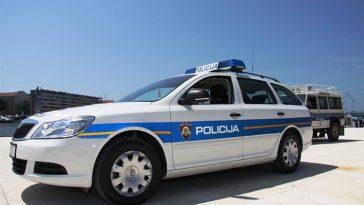 policija policijski automobil