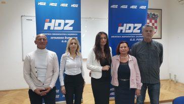 foto tanja kocijančić Novo vodstvo HDZ-a u Poreču ivana barišić u sredini