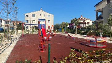 novo igralište funtana lahi dječji park